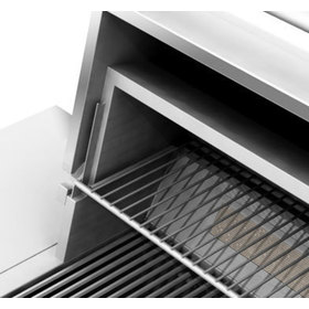 Close up view of the warming grates