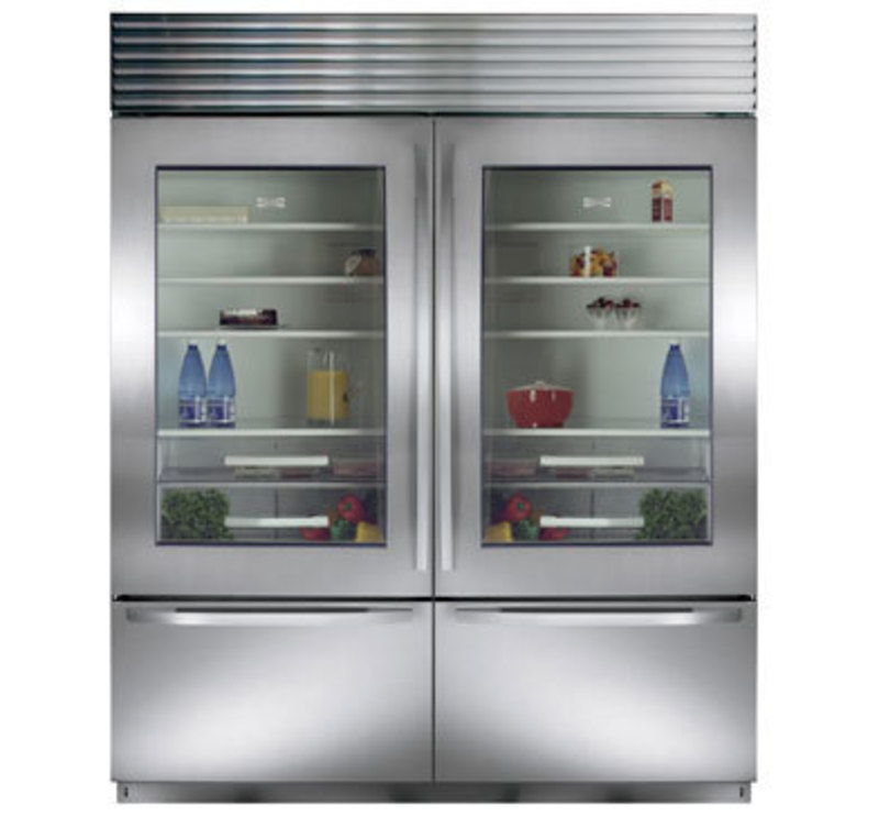 Sub-Zero, Inc.: Over-and-Under Built-In Refrigeration