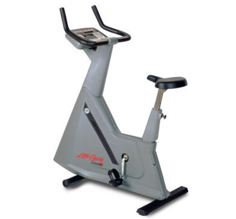 Life fitness lifecycle upright bike 8l