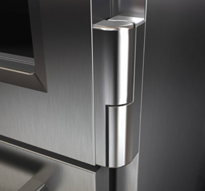 Close up view of the stainless steel hinge of the PRO 36